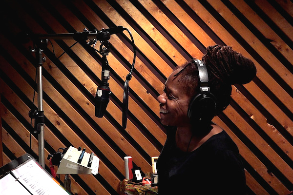 DownBeat Visits Catherine Russell in Studio for 'Harlem' Sessions (DownBeat, 12-11-15) Back In The Studio, Catherine Russell Makes Everything Old New Again